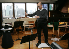 Paul Henry Smith conducting
